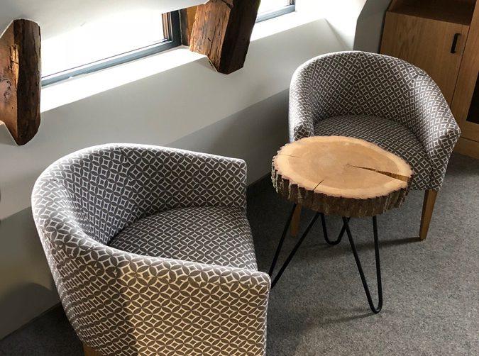 fotele tapicerowane w poznaniu